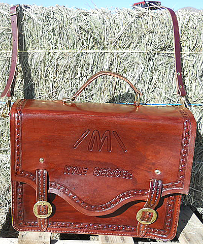 Leather Travel Cases, Custom Leather Shoulder Bags, Hand